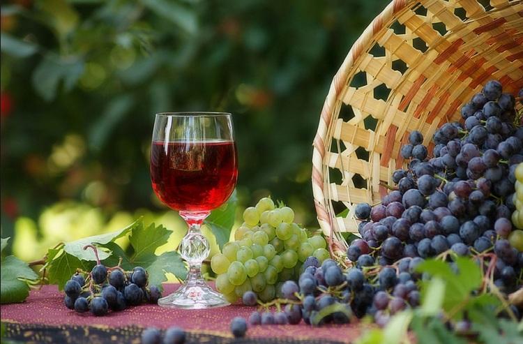 Как приготовить из сока винограда ликер